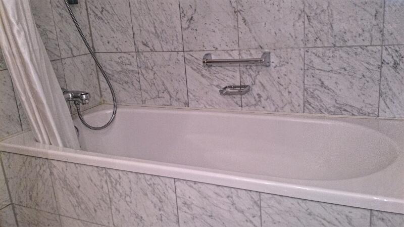 Hotel-Rotes-Ross-Bad-Badewanne